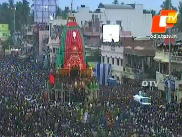 Video : 2 Dead, 20 Injured in Stampede During Rath Yatra in Puri