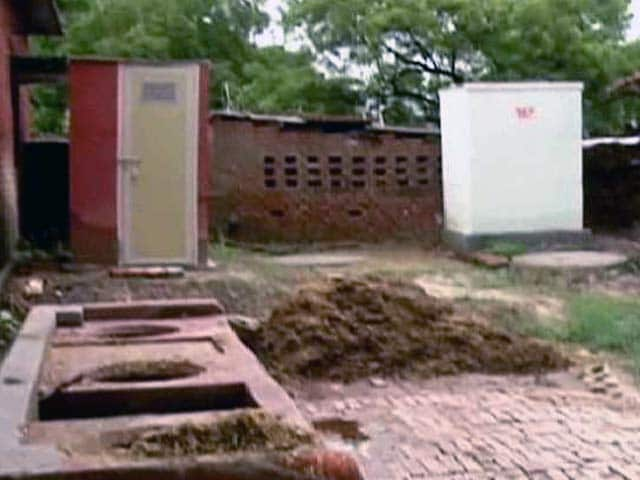 Video : 'Toilet For All' Remains a Dream in PM Modi's Model Village