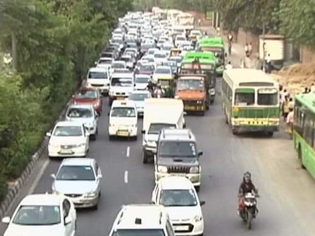 Video : वायु प्रदूषण पर एनजीटी सख्त, बॉर्डर पर ट्रकों की चेकिंग शुरू