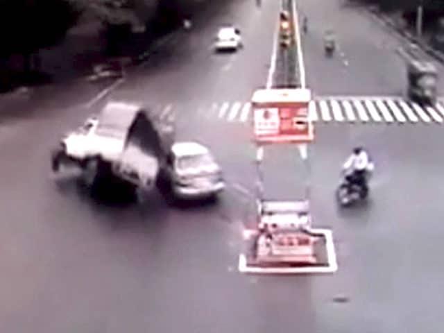 Videos : 'हिट एंड रन' को लेकर सख्त कानून की तैयारी, गैर जमानती होगा अपराध