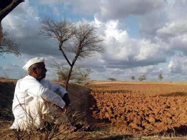 Videos : क्यों आत्महत्या करते हैं किसान?