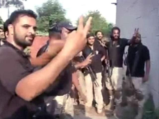 Video : गुरदासपुर हमला: एनकाउंटर खत्म, 3 आतंकियों समेत 11 की मौत