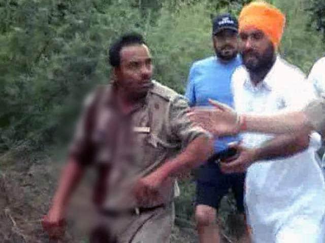 Video : वे हर पांच मिनट में फायरिंग करते रहे : गुरदासपुर आतंकी हमले में घायल पुलिसकर्मी