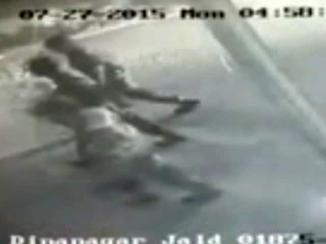 Video : New CCTV Footage Shows Gurdaspur Terrorists Hours Before Attack