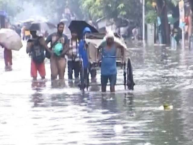 Video : 7 Lakh People Affected in Eastern India in Aftermath of Cyclone Komen