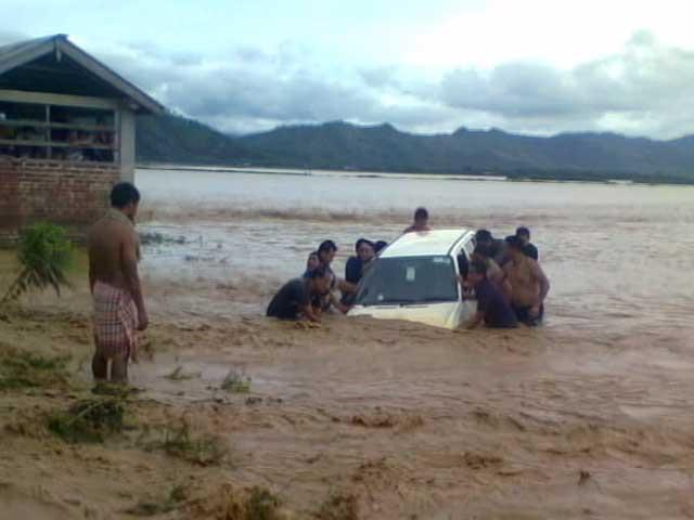 Video : मणिपुर में भारी बारिश के बाद हुए भूस्खलन में 20 की मौत