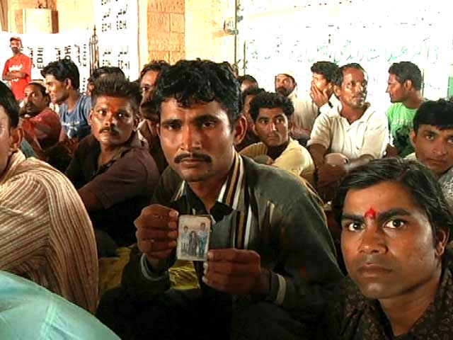 Video : पाकिस्तान की जेलों से रिहा 163 मछुआरे लौटेंगे भारत