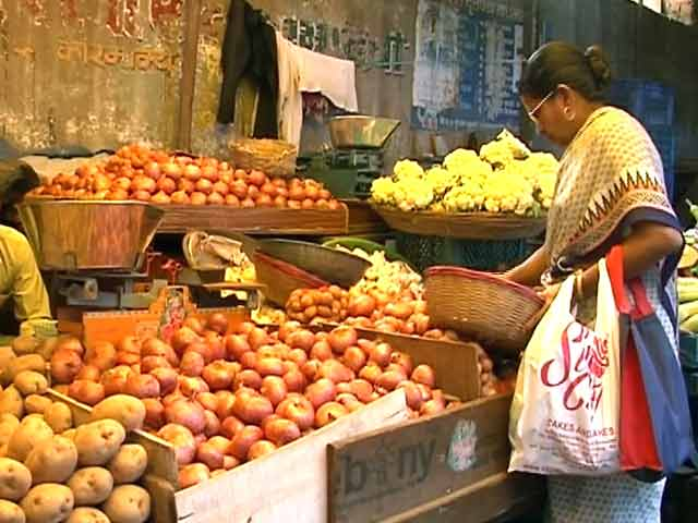 Video : देश भर में प्याज की कीमतों में उछाल, हरी सब्जियों के दाम भी बढ़े