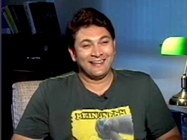 Video : Take a Trip Down Memory Lane With This Momma's Boy, Rosesh Sarabhai