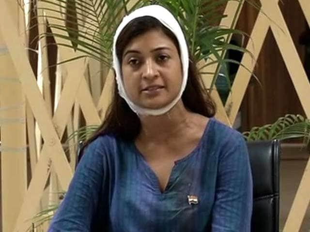 Video : Attack Was To Disrupt Campaign, AAP Legislator Alka Lamba Says