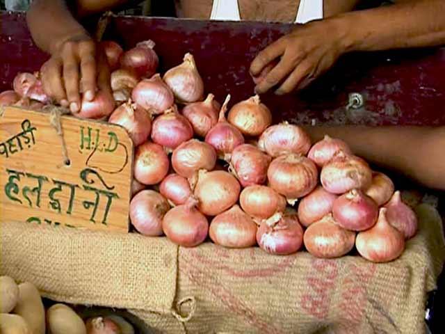 Video : फिर रुला रहा है प्याज, दिल्ली में प्याज़ 80 रुपये किलो