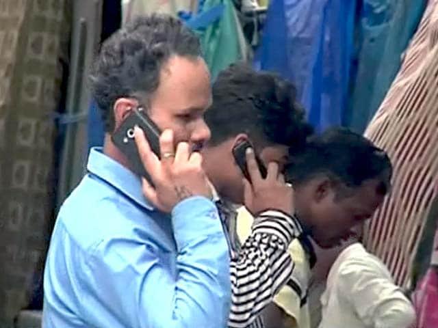 Videos : कॉल ड्रॉप से परेशान ग्राहक, बेनतीजा रहे सरकारी दावे