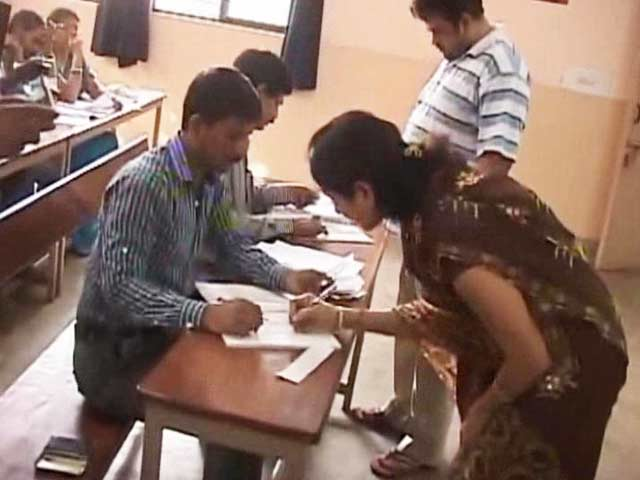 Video : Bengaluru Civic Elections Voting Ends With Dismal Turnout