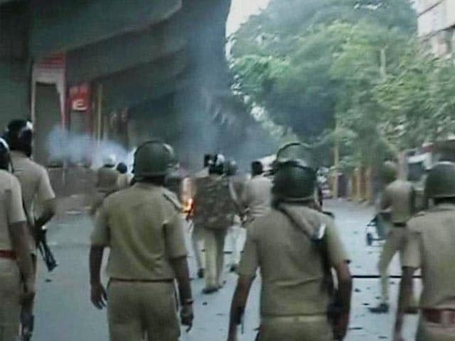 Video : 7 Dead in Gujarat Violence, Army Called In
