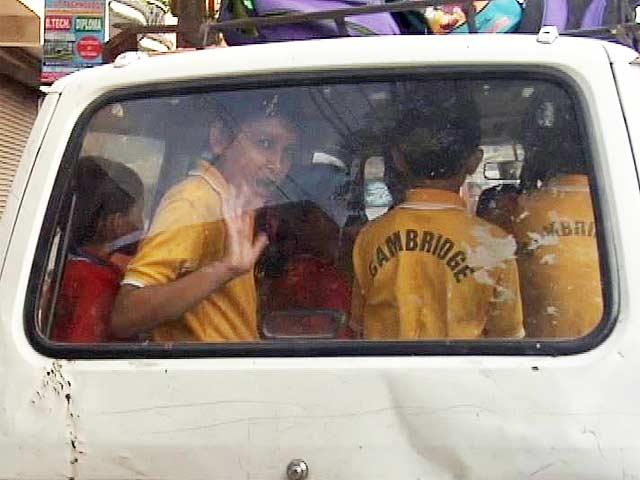 Delhi Government Wary Of Private Vans Ferrying School Children