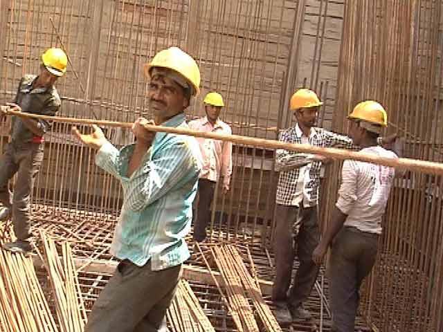 Videos : मजदूरों के लिए 10 लाख का कैशलेस कार्ड