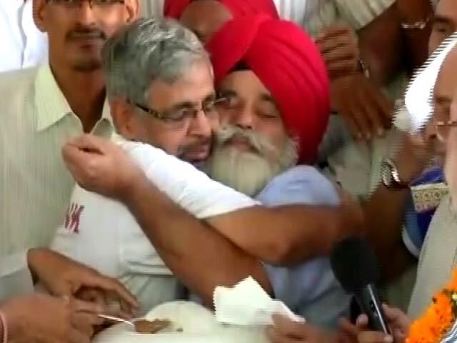 Video : इंडिया 9 बजे : OROP पर आमरण अनशन ख़त्म