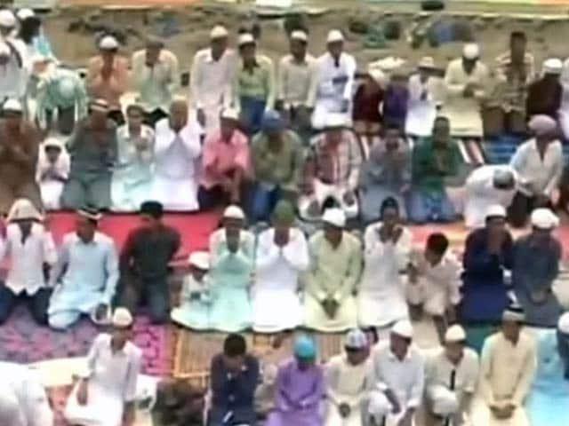 Videos : ईद-उल-ज़ुहा पर वसुंधरा सरकार सभी महाविद्यालयों में लगाएगी रक्तदान शिविर, मुस्लिम नाराज