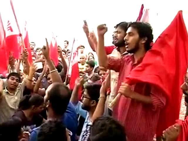 Videos : जेएनयू छात्र संघ चुनाव में लेफ़्ट का दबदबा