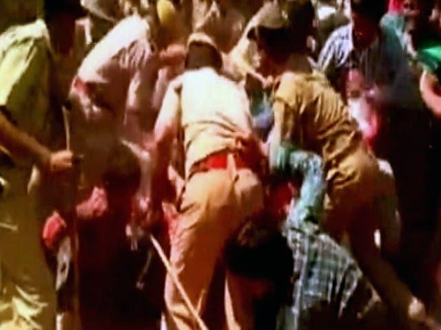 Videos : जोधपुर : वायुसेना की भर्ती के दौरान लाठीचार्ज, ज्यादा उम्मीदवार पहुंचने से बिगड़े हालात