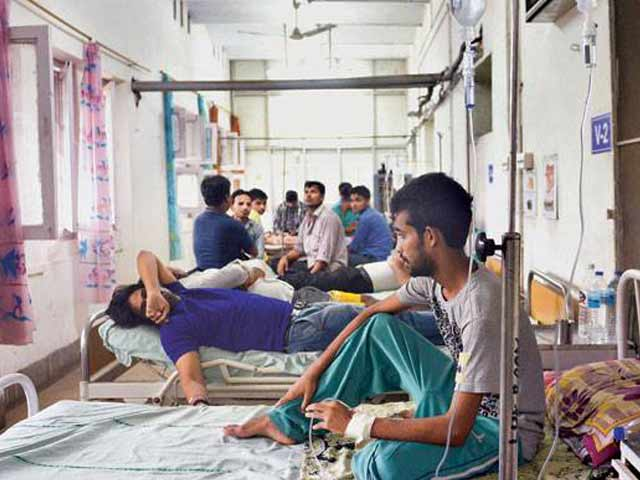 Video : सरकार की लापरवाही : बेड हैं तो इस्तेमाल क्यों नहीं, बेकार पड़े बेड मरीजों को क्यों नहीं मिलते?