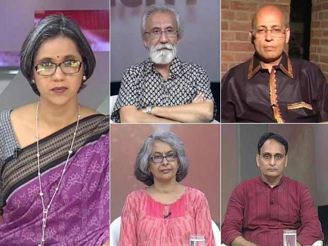 Video : Rajiv Gandhi, Indira Gandhi Stamps Discontinued: Bigger Priorities Fall Victim to Trivial Politics?