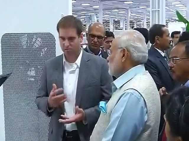 Video : PM Modi Visits Electric Car Maker Tesla Motors
