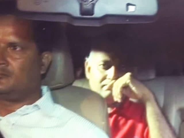 Video : आप नेता सोमनाथ भारती दो दिन की पुलिस रिमांड पर भेजे गए