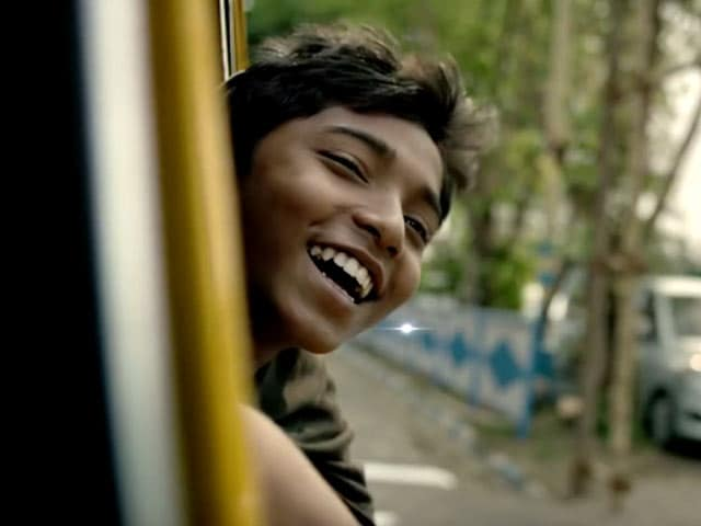 Video : How Bapu Meets This Street Urchin in 'Babar Naam Gandhiji'