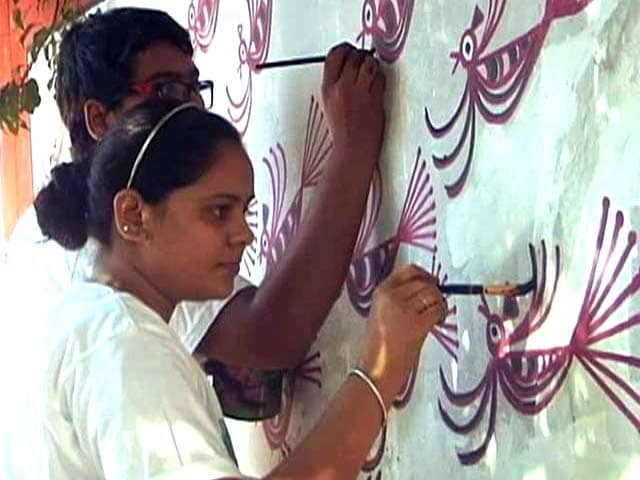 Video : This Delhi Group Paints 'Wall of Shame' to Promote Awareness