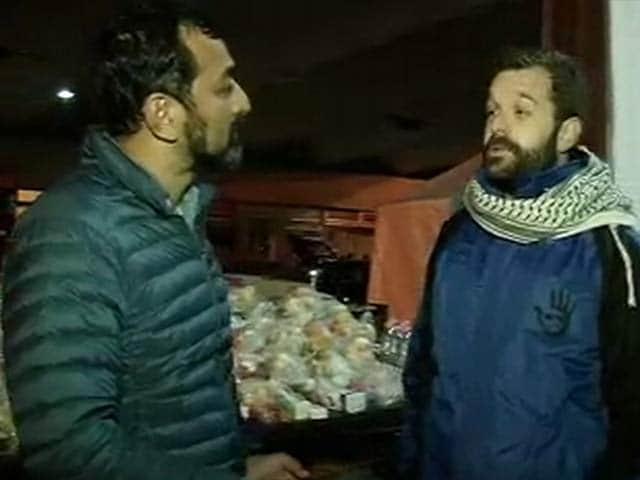Videos : सीरिया और अफगानिस्तान छोड़कर यूरोप की तरफ जा रहे हैं शरणार्थी