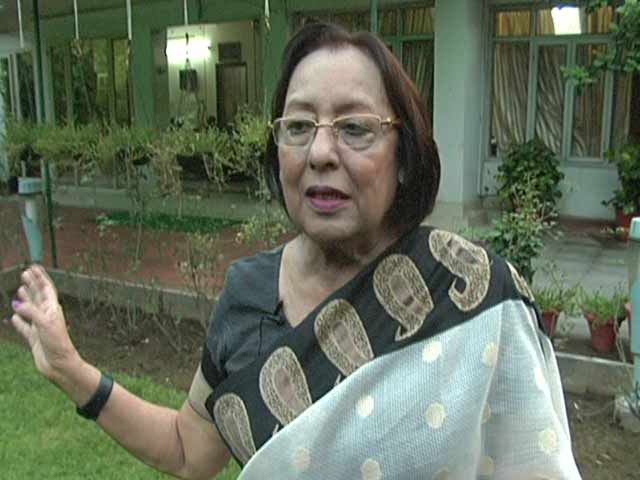 Video : 'Nayantara ji Should Forget About the Award and Start Writing': Najma Heptulla
