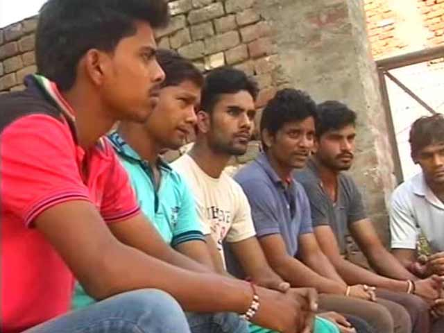 Video : Unemployed and Restless, Tense Dadri's Young Are Easy Prey to Rumour