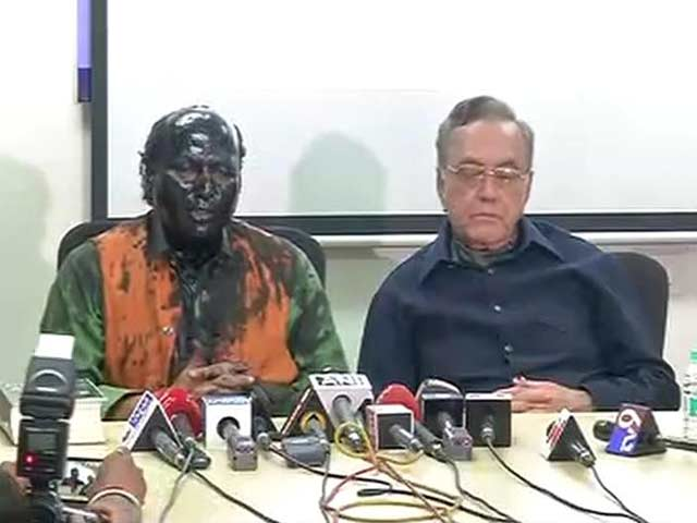 Video : Show Will Go On, Says Sudheendra Kulkarni After Paint Attack Over Book