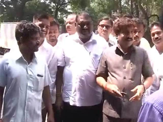 Video : 'Well Done,' Says Uddhav Thackeray to Shiv Sena's Paint Attackers