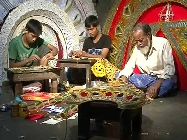 Video : The Muslim Artisans Behind Durga Puja Celebrations in Cuttack