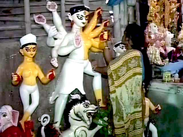 Video : Why This Kolkata Durga Puja is The First of Its Kind in The World