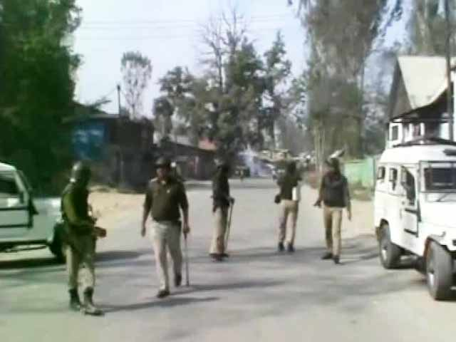 Video : Clashes in Kashmir as Trucker Targeted Over Beef Rumours Dies