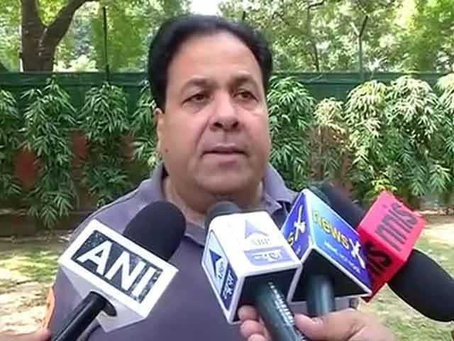 Video : Shiv Sena Can't Stop Indo-Pak Talks: IPL Chief Rajeev Shukla