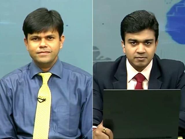 Video : Buy Axis Bank for Target of Rs 540: Kotak Securities