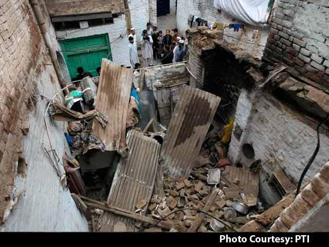 Videos : भूकंप से दहले पाक और अफगान, उत्तर भारत में भी तेज झटके, 260 से ज्यादा मौतें