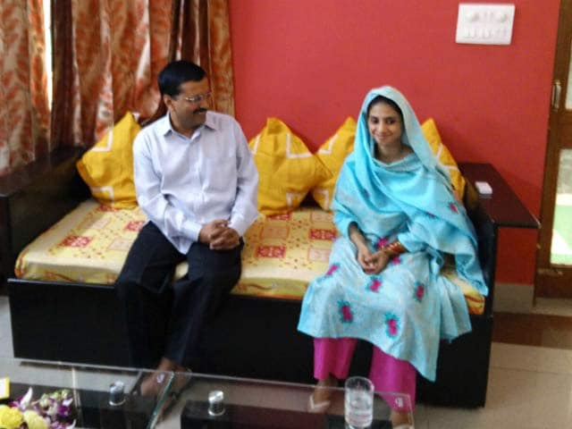 Video : Geeta Meets Delhi Chief Minister Arvind Kejriwal