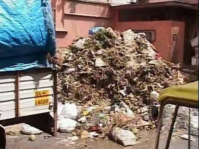 Video : Bengaluru's Streets Struggling to Cope With Dumped Waste