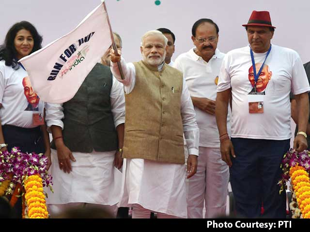 Video : PM Flags Off 'Run For Unity' On Sardar Patel's Birth Anniversary
