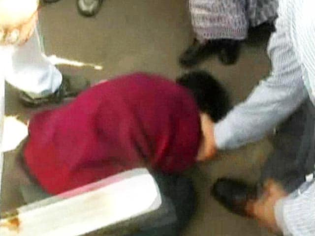 Video : Caught on Camera: Madhya Pradesh Minister Kicks Teenager