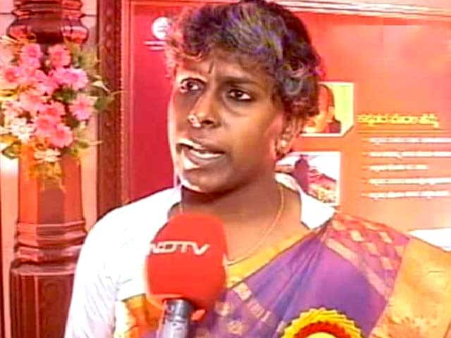 Video : In Karnataka, an Award for a Transgender Pioneer