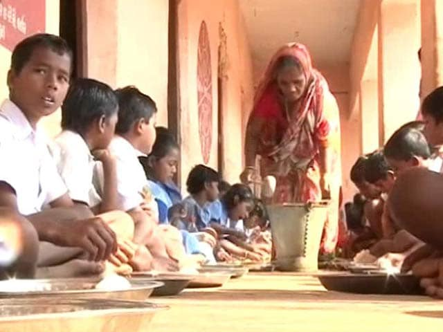 Video : Pulses Price Rise: Odisha Government May Revamp Mid-Day Meal Menu