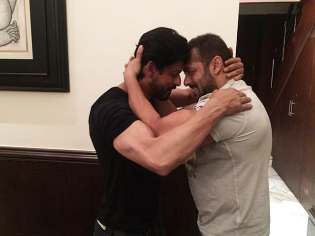 Video : <i>Karan Arjun</i> Moment on SRK's Birthday