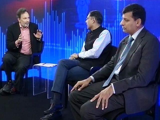 Video : Economy Unplugged With Raghuram Rajan and Arvind Subramanian