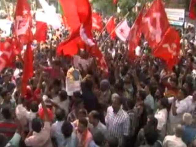 Video : Left Wins Kerala Civic Polls, Downplays BJP Surge